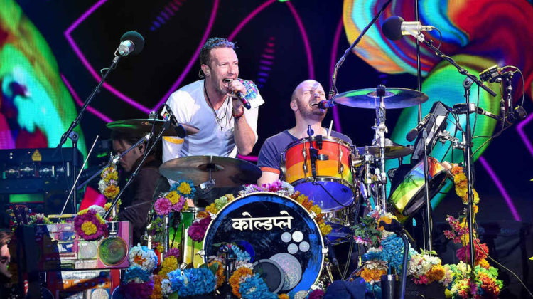Video: Coldplay LIVE in Abu Dhabi on New Year's Eve 2016